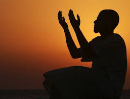 man with two open hands to God